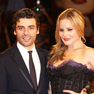 Oscar Isaac, Abbie Cornish in The 68th Venice Film Festival - Day 2 - W.E. - Red Carpet
