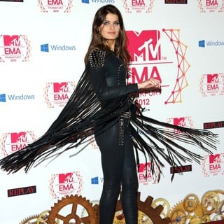 Isabeli Fontana in The MTV EMA's 2012 - Arrivals