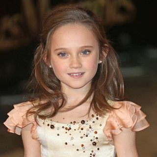 Isabelle Allen in Les Miserables World Premiere - Arrivals