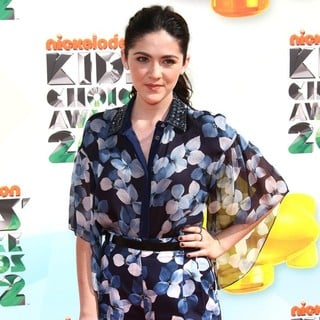 Isabelle Fuhrman in 2012 Kids' Choice Awards - Arrivals