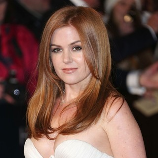 Isla Fisher in Les Miserables World Premiere - Arrivals