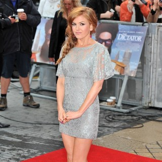 Isla Fisher in World Premiere of The Dictator - Arrivals