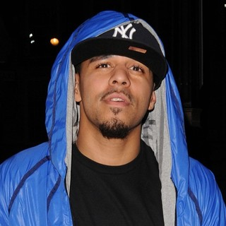 J. Cole Leaving Funky Buddha Nightclub - j-cole-leaving-funky-buddha-nightclub-02