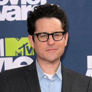 J.J. Abrams in 2011 MTV Movie Awards - Arrivals