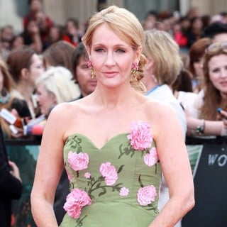 J.K. Rowling in Harry Potter and the Deathly Hallows Part II World Film Premiere - Arrivals