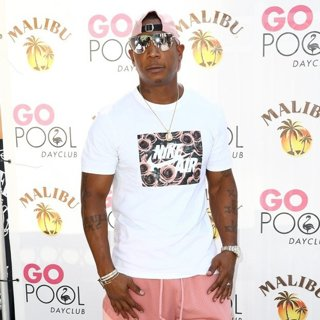 Ja Rule in Ja Rule at Flamingo Go Pool