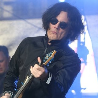 Jack White Plays A Surprise Gig