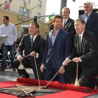 Hugh Jackman, Jay Leno, Leron Gubler in Hugh Jackman Is Honoured with A Hollywood Star on The Hollywood Walk of Fame