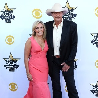 Denise Jackson, Alan Jackson in 50th Academy of Country Music Awards - Arrivals