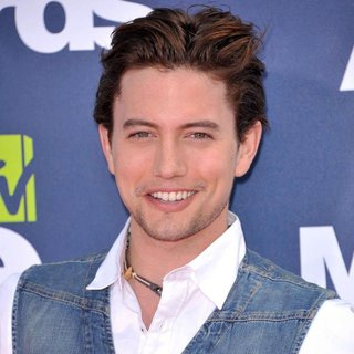 Jackson Rathbone in 2011 MTV Movie Awards - Arrivals
