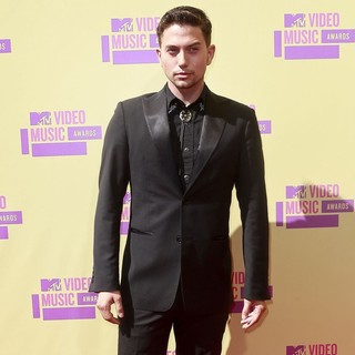 Jackson Rathbone in 2012 MTV Video Music Awards - Arrivals
