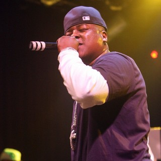 Jadakiss Launches His Album The Last Kiss with A Performance