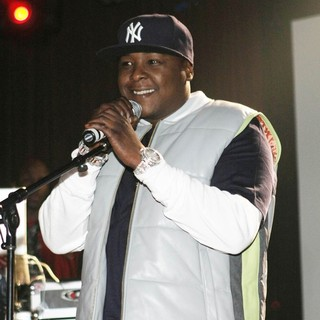 Jadakiss Launches His Album The Last Kiss with A Performance - jadakiss-launches-album-the-last-kiss-05