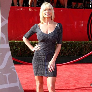 Jaime Pressly in The 2011 ESPY Awards