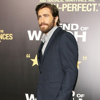 Los Angeles Premiere of End of Watch - jake-gyllenhaal-premiere-end-of-watch-04
