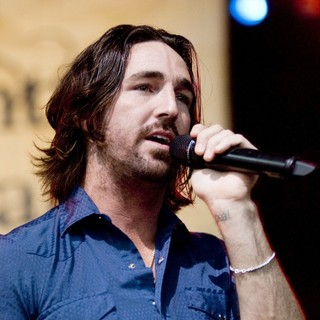 Jake Owen in The 2010 Chicago Country Music Festival - Day 2