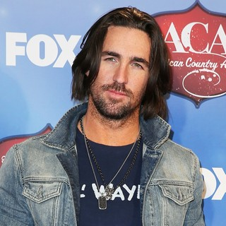 Jake Owen in 2013 American Country Awards - Press Room