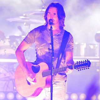 Jake Owen in 2013 Discover Orange Bowl Between The Florida State Seminoles and The Northern Illinois Huskies
