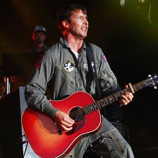 James Blunt - James Blunt Performing Live on Stage
