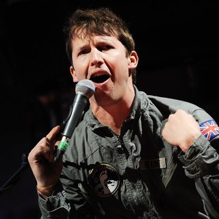 James Blunt - James Blunt Performs on Stage