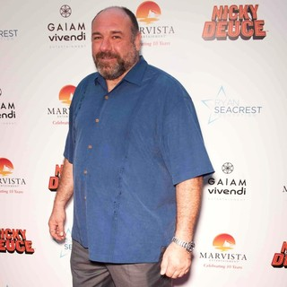James Gandolfini in The Los Angeles Premiere of Nicky Deuce - Arrivals
