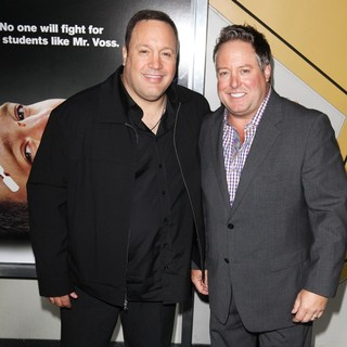 Kevin James in Here Comes the Boom New York Premiere - james-loeb-premiere-here-comes-the-boom-01