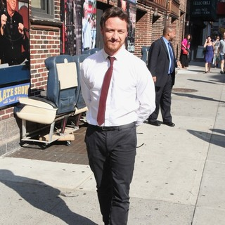 James McAvoy Outside Ed Sullivan Theatre for Late Show With David Letterman - james-mcavoy-late-show-with-david-letterman-01