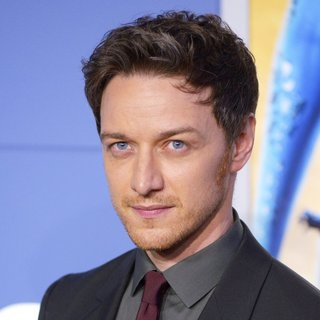 James McAvoy in X-Men: Days of Future Past World Premiere - Arrivals - james-mcavoy-premiere-x-men-days-of-future-past-01