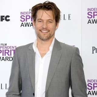 James Tupper in 27th Annual Independent Spirit Awards - Arrivals