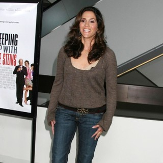 Jami Gertz in The Los Angeles Premiere of Keeping Up with The Steins