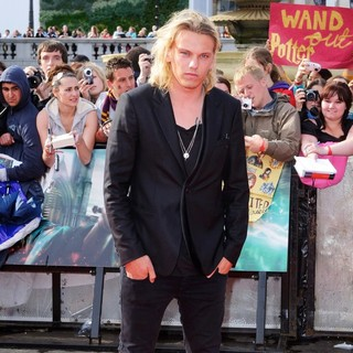 Jamie Campbell Bower in Harry Potter and the Deathly Hallows Part II World Film Premiere - Arrivals