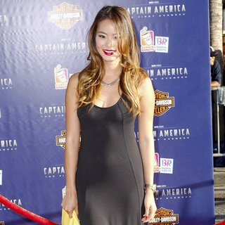 Jamie Chung in Los Angeles Premiere of Captain America The First Avenger - Arrivals