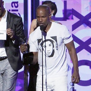 Jamie Foxx in The 2013 BET Awards - Inside