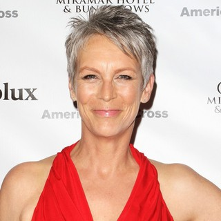 Jamie Lee Curtis in American Red Cross Annual Red Tie Affair - jamie-lee-curtis-red-tie-affair-01