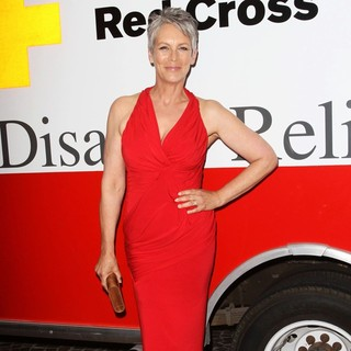 Jamie Lee Curtis in American Red Cross Annual Red Tie Affair