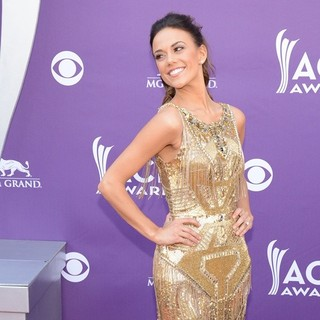 Jana Kramer in 48th Annual ACM Awards - Arrivals - jana-kramer-48th-annual-acm-awards-02