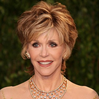 Jane Fonda in 2012 Vanity Fair Oscar Party - Arrivals - jane-fonda-2012-vanity-fair-oscar-party-01