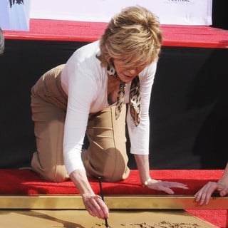 Jane Fonda in Handprint and Footprint Ceremony Honouring Actress Jane Fonda