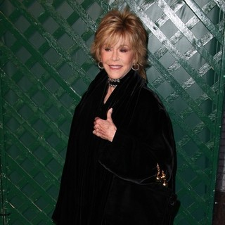 Jane Fonda in Paul McCartney Holds A Private Party to Premiere His Video My Valentine - Arrivals - jane-fonda-premiere-video-my-valentine-04