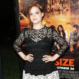 Jane Levy in The Premiere of Paramount Pictures' Fun Size - Arrivals - jane-levy-premiere-fun-size-06