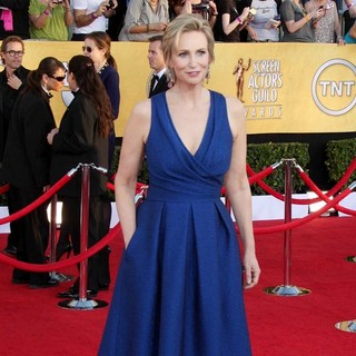 Jane Lynch in The 18th Annual Screen Actors Guild Awards - Arrivals