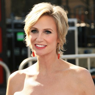 Jane Lynch in 2011 Do Something Awards - Arrivals