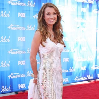 Jane Seymour in American Idol Season 11 Grand Finale Show - Arrivals