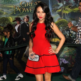 Janel Parrish in Oz: The Great and Powerful - Los Angeles Premiere - Arrivals