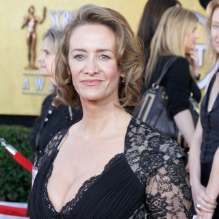 Janet McTeer in The 18th Annual Screen Actors Guild Awards - Arrivals