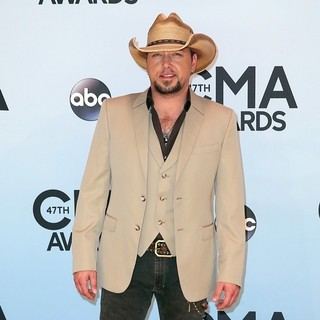 Jason Aldean in 47th Annual CMA Awards - Red Carpet