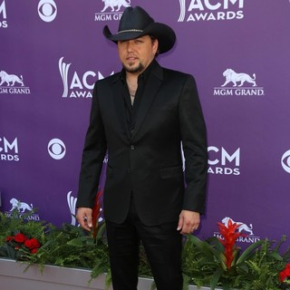 Jason Aldean in 48th Annual ACM Awards - Arrivals
