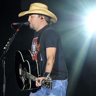 Jason Aldean in Jason Aldean Performs During His My Kinda Party Tour 2012