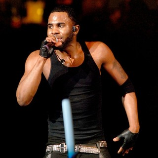 Jason Derulo in B96 Sobe Lifewater Jingle Bash