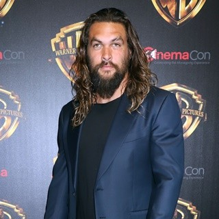 Jason Momoa in 2018 CinemaCon - Warner Bros Arrivals